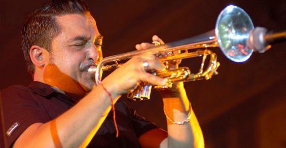Roy Paci Combo Solar tromba_musicaintorno