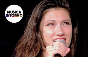 Elisa On00_musicaintorno