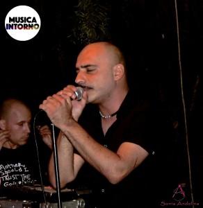 Martasuitubireport2_musicaintorno