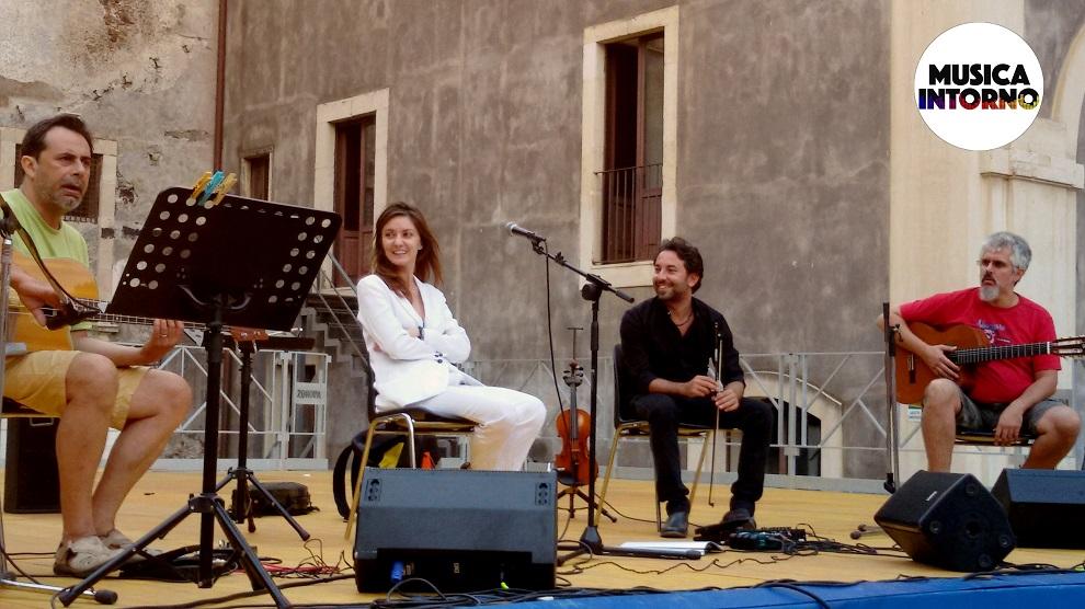Patrizia Laquidara Stories16_musicaintorno