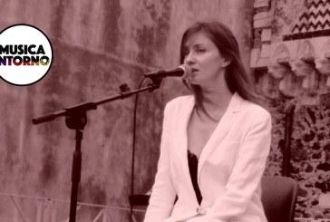 """TRA MUSICA E PAROLE, """"STORIES"""" E (IN)CANTO DI PATRIZIA LAQUIDARA"""