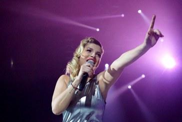 """EMMA MARRONE. """"DENTRO È TUTTO ACCESO"""": MUSICA, SUCCESSO, UN LIBRO… E ADESSO?"""