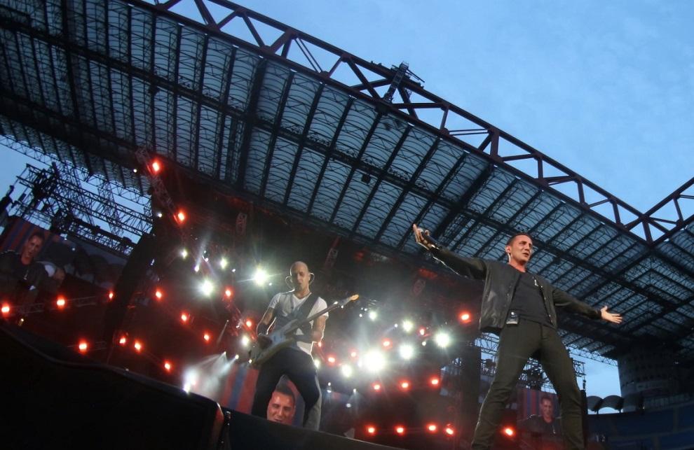 Modà featuring Francesco 'Kekko' Silvestre live in Meazza stadium Milano, Italy. On July 19, 2014