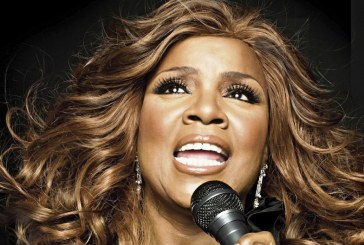 """CAN'T TAKE MY EYES OFF YOU"", L'INNO ALL'AMORE DI GLORIA GAYNOR COMPIE 50 ANNI!"