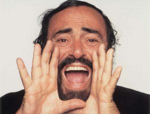 Luciano Pavarotti 01_musicaintorno