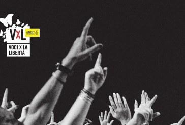 """""""VOCI PER LA LIBERTÀ – UNA CANZONE PER AMNESTY"""": 20 ANNI DI MUSICA E ARTE PER I DIRITTI UMANI, PAGINA DOPO PAGINA"""