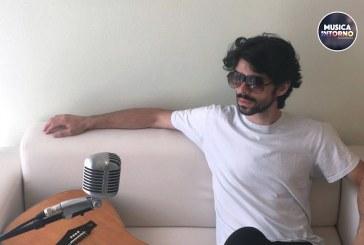 """""""VIVERE NON È DI MODA"""", POP CANTAUTORALE DAI COLORI VIVIDI"""